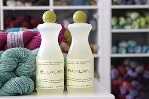 Strickstücke aus Wolle waschen