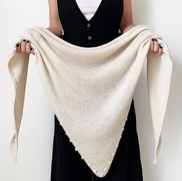 Animer Triangle Shawlette