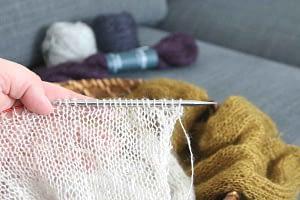 Shibui Knits Tweed Silk Cloud auf den Nadeln